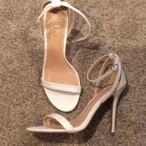 Lulu white sandal size 8